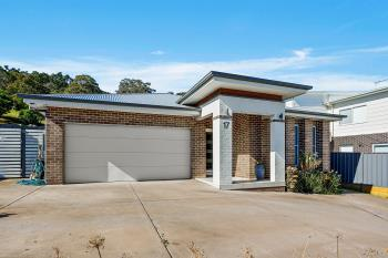 17 Valley View Cres, Albion Park, NSW 2527