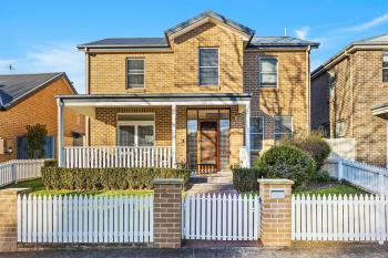 7 Broughton Ave, Tullimbar, NSW 2527