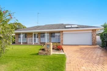 32 Victoria Ave, Pottsville, NSW 2489