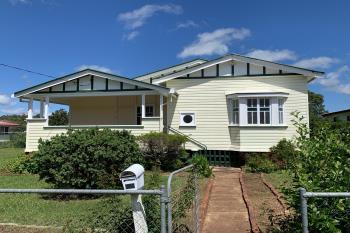 21 Grace St, Crows Nest, QLD 4355