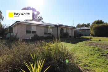 66 Lockhart St, Adelong, NSW 2729