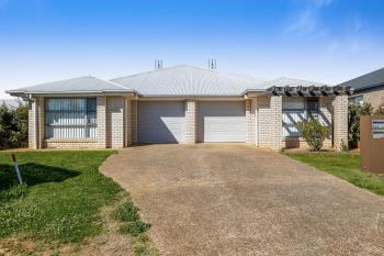 8 Farrer St, Cranley, QLD 4350