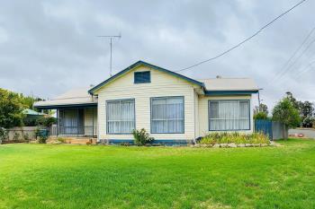 44 Hampden St, Finley, NSW 2713