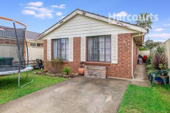 2/116 Chasselas Ave, Eschol Park, NSW 2558
