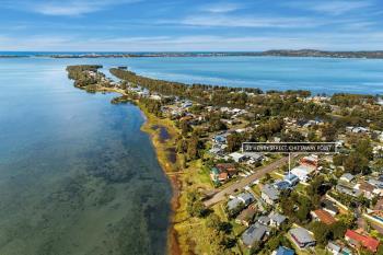 21 Henry St, Chittaway Point, NSW 2261