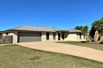 38-40 Lorikeet Cct, Kingaroy, QLD 4610