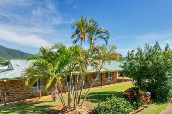 2 Village Tce, Redlynch, QLD 4870