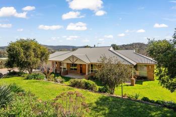 868 Pearsall St, Hamilton Valley, NSW 2641