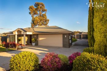 193 Kaitlers Rd, Lavington, NSW 2641
