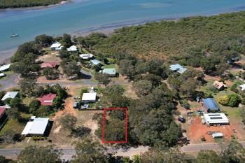 21 Jasper St, Russell Island, QLD 4184