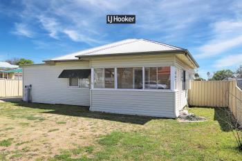 84 Granville St, Inverell, NSW 2360