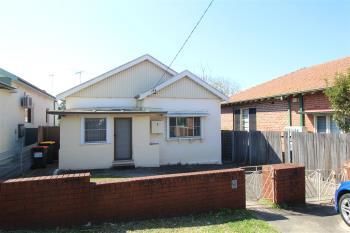 6 Canarys Rd, Roselands, NSW 2196