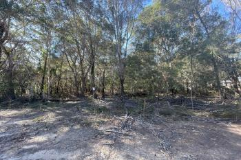19 Grove Rd, Russell Island, QLD 4184
