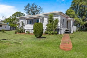 32 Avondale St, Newtown, QLD 4350