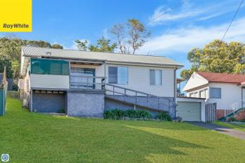 14 Canberra Rd, Lake Heights, NSW 2502