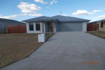 21 Archer St, Chinchilla, QLD 4413