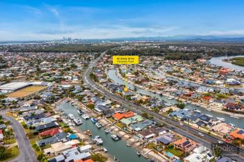 62 Oxley Dr, Paradise Point, QLD 4216