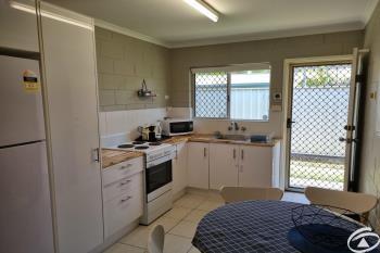 2/379 Mayers St, Edge Hill, QLD 4870