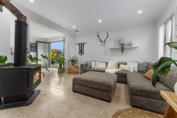 10 Handley St, Helensburgh, NSW 2508