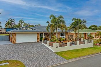 33 Gardenia Dr, Birkdale, QLD 4159