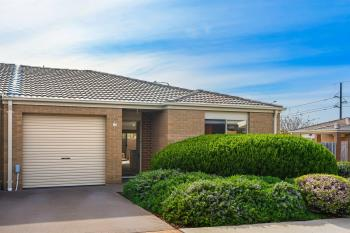 13/7 Loveday Cres, Casey, ACT 2913
