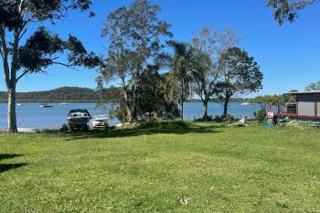 34 Emerson St, Russell Island, QLD 4184