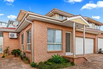 2/13 Eucumbene Ave, Flinders, NSW 2529