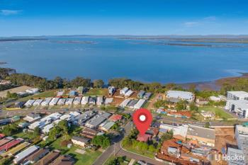 8 Marine St, Redland Bay, QLD 4165