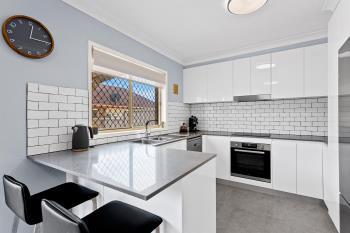 2/32-34 Ash Ave, Albion Park Rail, NSW 2527