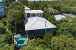 26 Seafarer Ct, Castaways Beach, QLD 4567