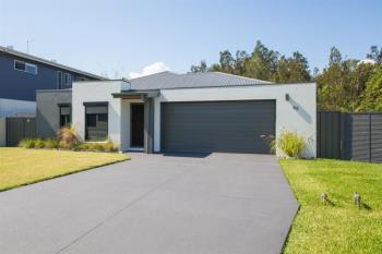 65 Matthews Pde, Corindi Beach, NSW 2456
