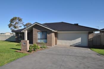 15A Aspley Cres, Dubbo, NSW 2830