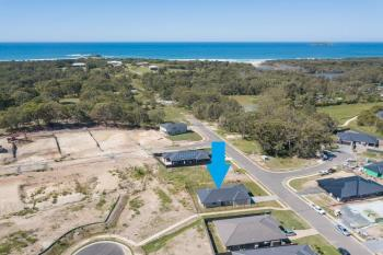 27 Flat Top Dr, Woolgoolga, NSW 2456