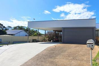 17 Newmans Rd, Woolgoolga, NSW 2456