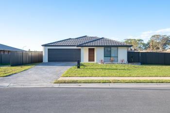27 Flat Top Dr, Woolgoolga, NSW 2456